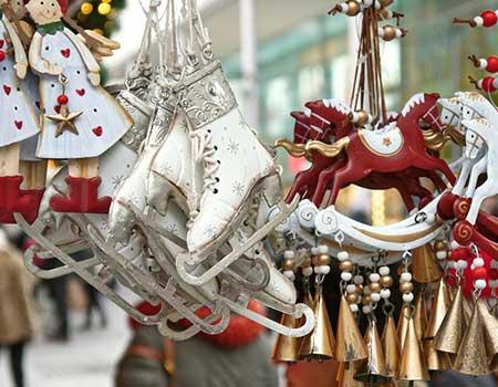 Chistmas-Markets-ornaments