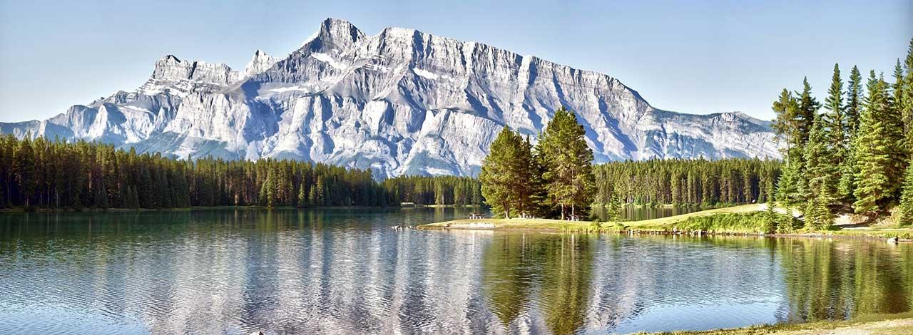 Train-Vacation---Banff